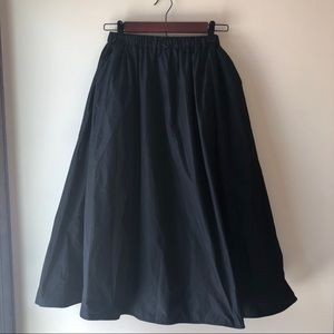H&M Full Black Midi Skirt with Pockets